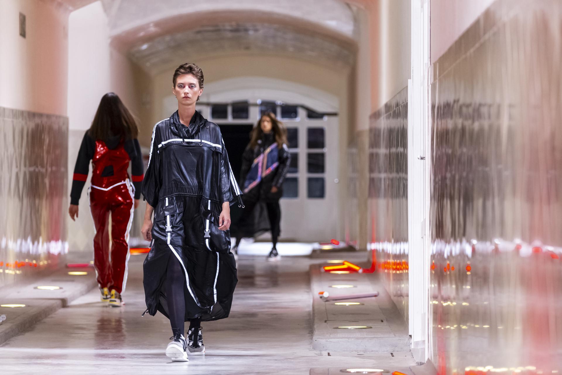 Custo%20Barcelona%20ambient 1016 - Tercera sesión de 080 Barcelona Fashion Digital Edition