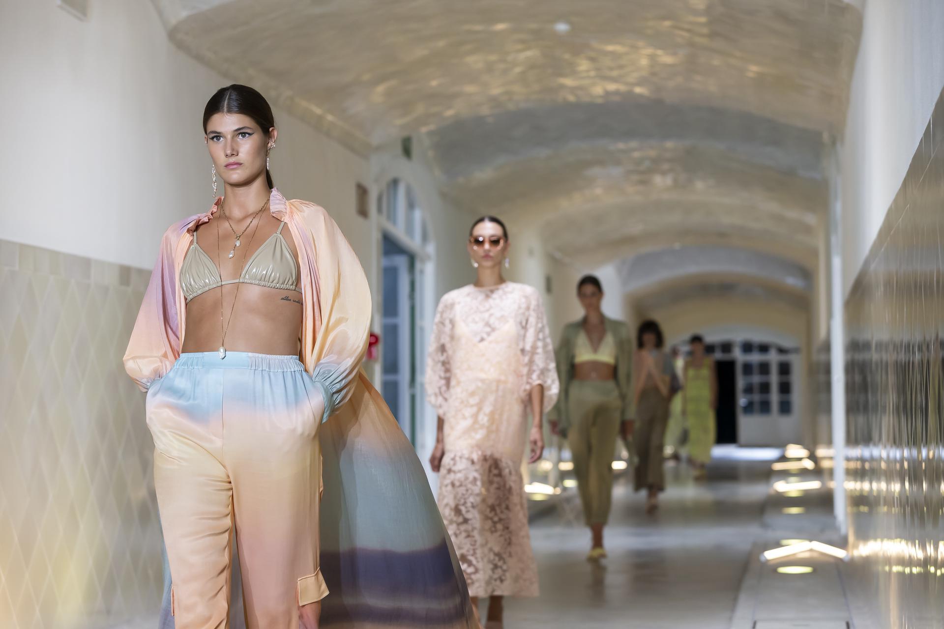 Eik%C3%B2%20Ai%20ambient 1128 - 080 Barcelona Fashion Digital Edition concluye con su cuarta sesión de los últimos Fashion Show Films
