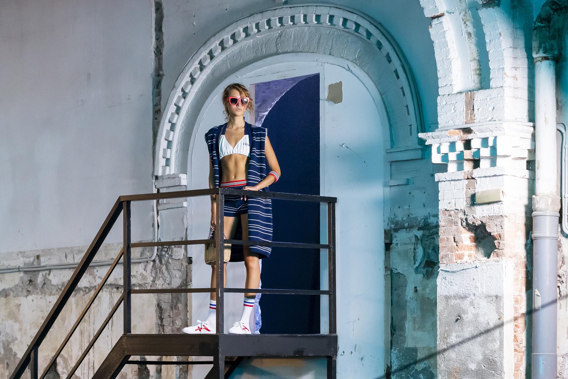 Escorpion%20ambient 1029 - Segunda sesión de la pasarela digital 080 Barcelona Fashion