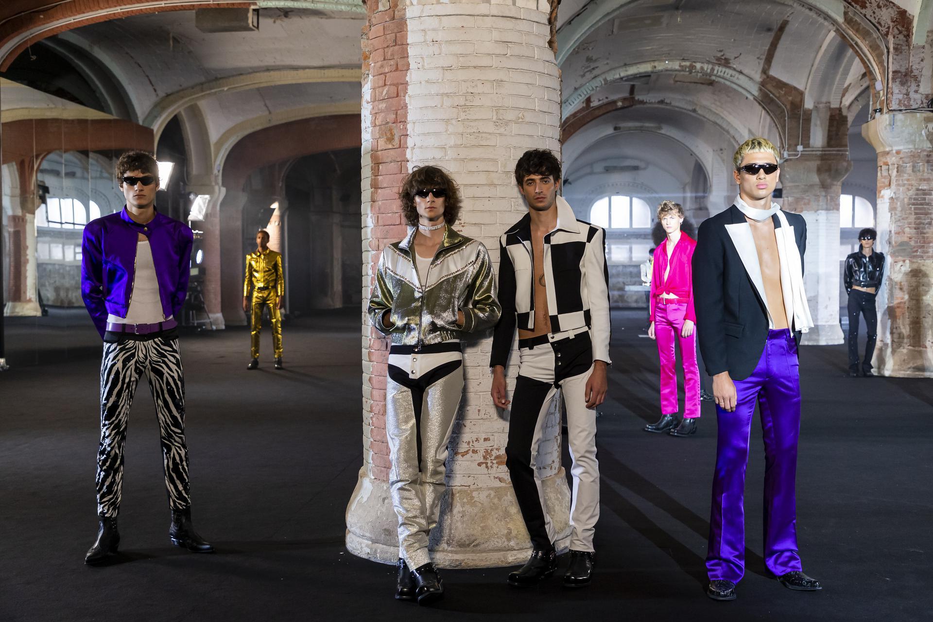 Guillem%20Rodriguez%20ambient 1127 - Segunda sesión de la pasarela digital 080 Barcelona Fashion