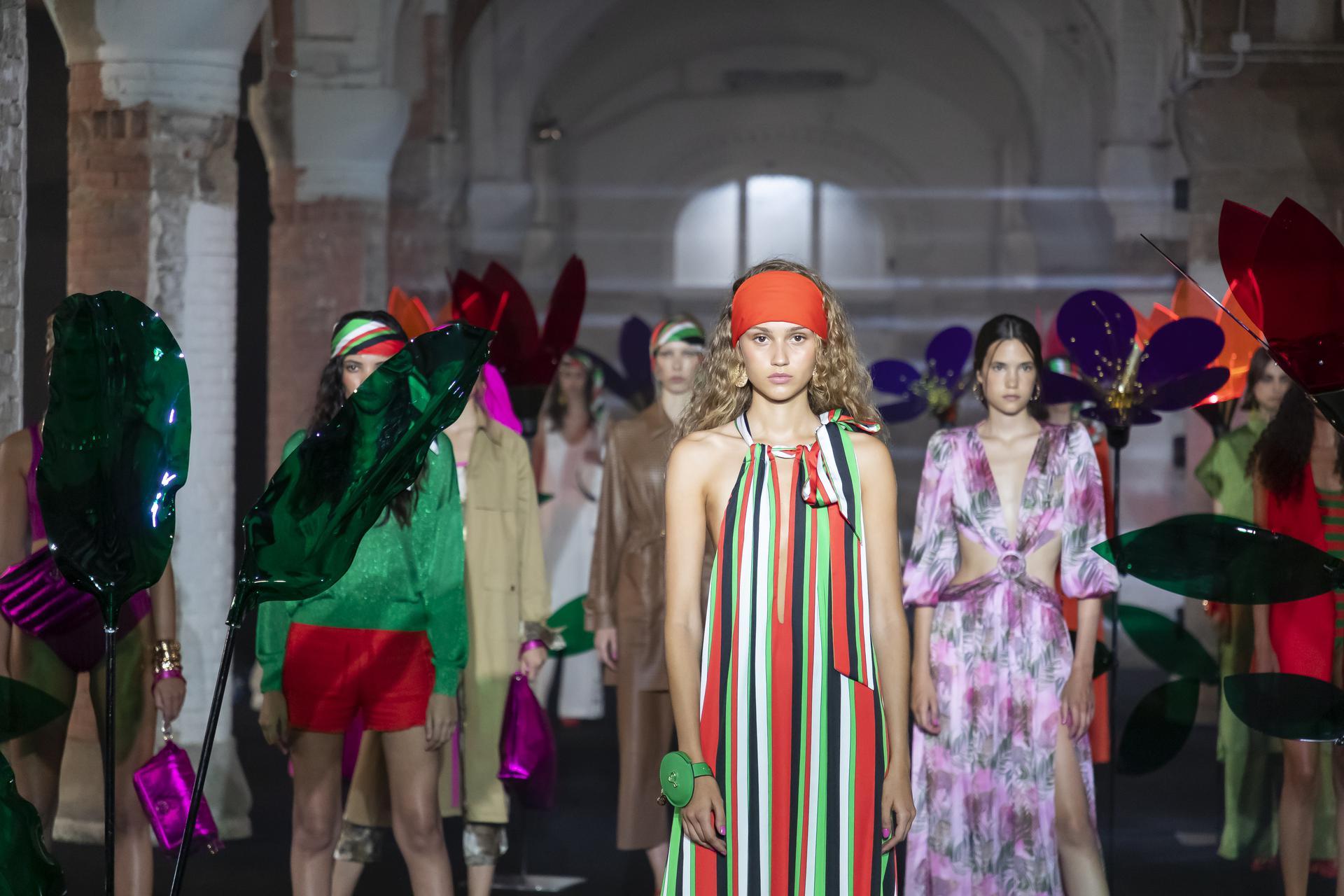 Maite%20by%20Lola%20Casademunt%20ambient 1239 - 080 Barcelona Fashion Digital Edition concluye con su cuarta sesión de los últimos Fashion Show Films