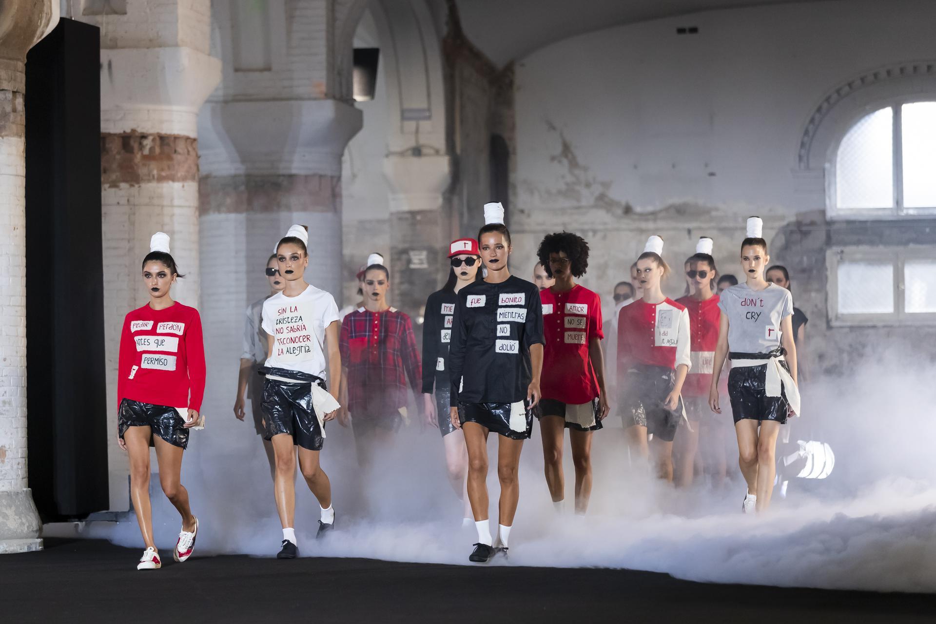 Oscar%20Leon%20ambient 1074 - 080 Barcelona Fashion Digital Edition concluye con su cuarta sesión de los últimos Fashion Show Films
