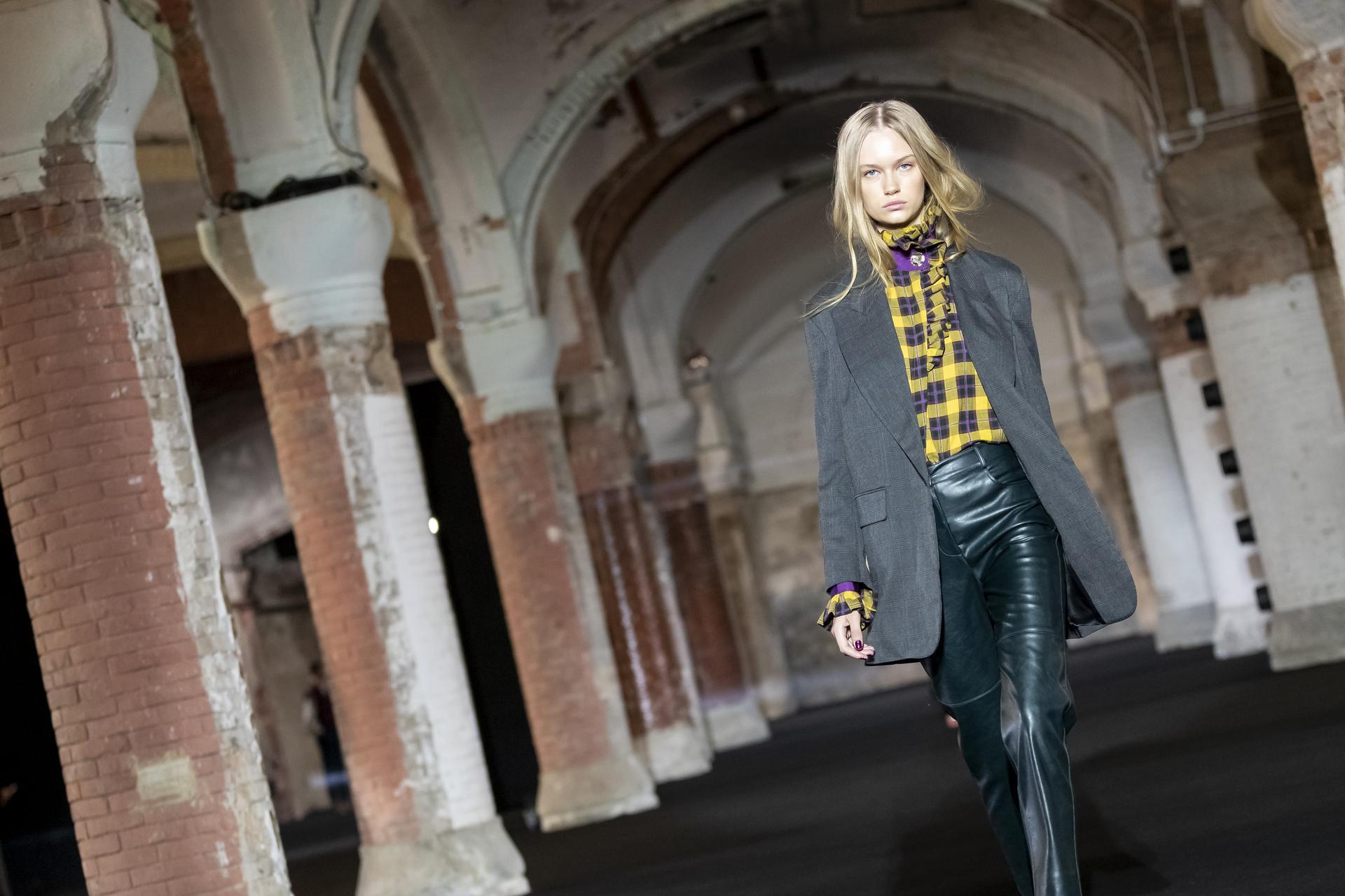 The%20Label%20Edition%20ambient 1090 - 080 Barcelona Fashion Digital Edition concluye con su cuarta sesión de los últimos Fashion Show Films
