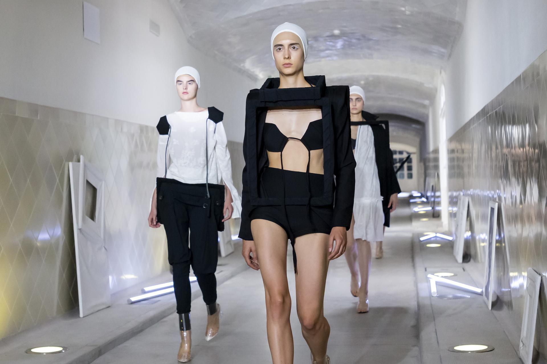 Txell%20Miras%20ambient 1211 - Segunda sesión de la pasarela digital 080 Barcelona Fashion